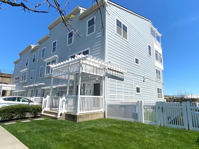 [Arverne By The Sea Real Estate, listing number 6953866]